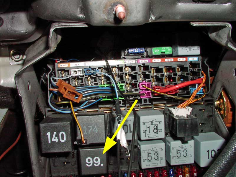 Watch further 1984 Gsl Se S4 13b Project 832622 additionally Watch as well Fuse Box Location Designation 2006 2011 Mercedes Benz Ml320 Ml350 Ml500 Ml550 further Discussion T60323 ds438675. on relay fuse for fuel pump